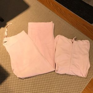 JUICY COUTURE pink velour sweat suit